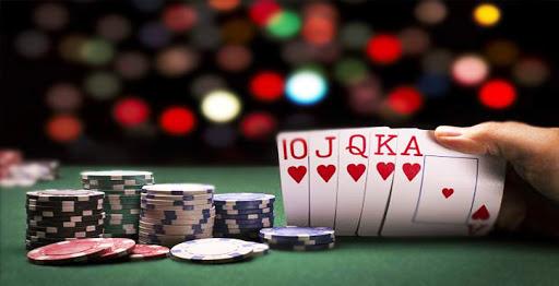 Pelajari Cara Bermain Poker Agar Bisa Menangkan Jackpot Poker Online
